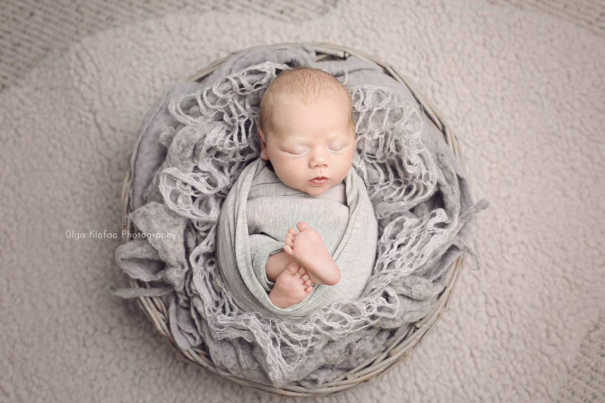 professional photograph of newborn baby boy by Olga Klofac Photography Mayo