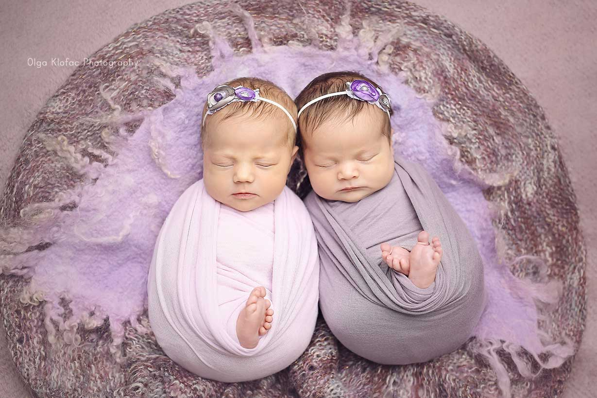 professional photograph of newborn twins by Olga Klofac Photography Mayo