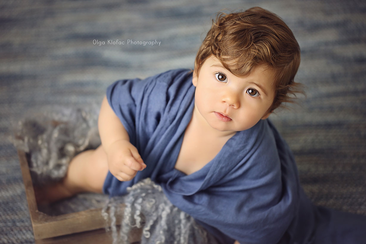 beautiful portrait of a 9-month-old baby boy by Mayo Photographer