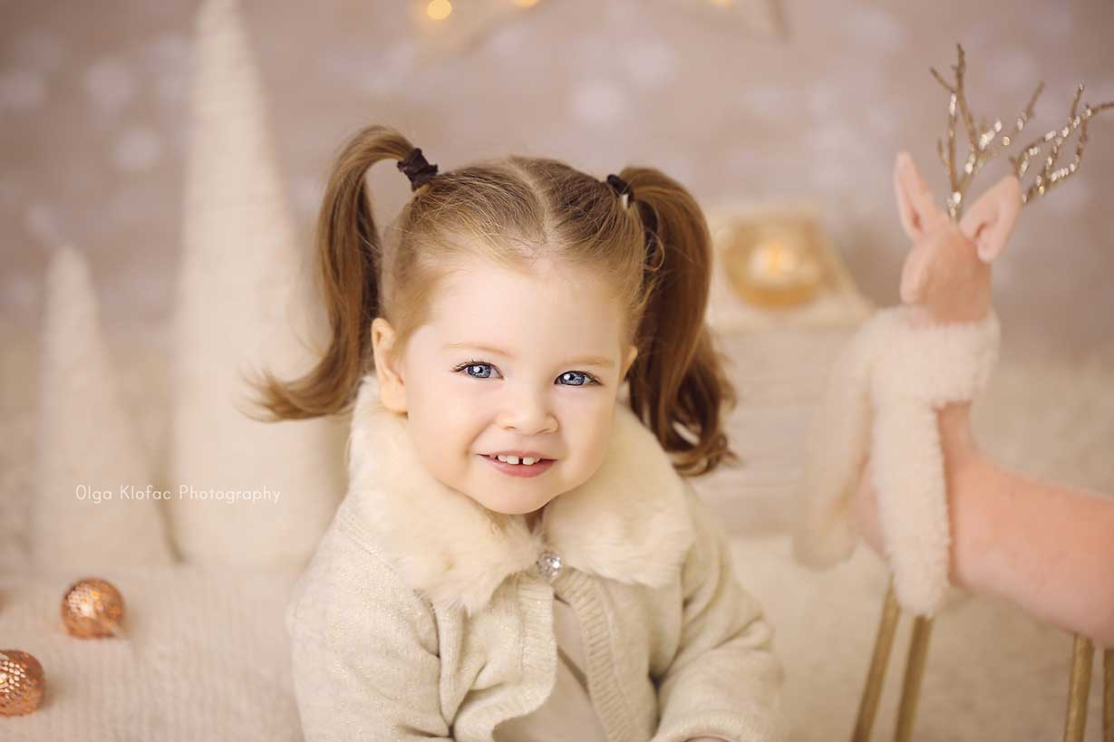 Christmas mini session for children by Olga Klofac Photography Mayo Sligo Galway