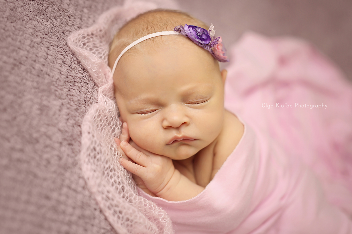 professional photograph of newborn baby girl by Olga Klofac Photography Mayo