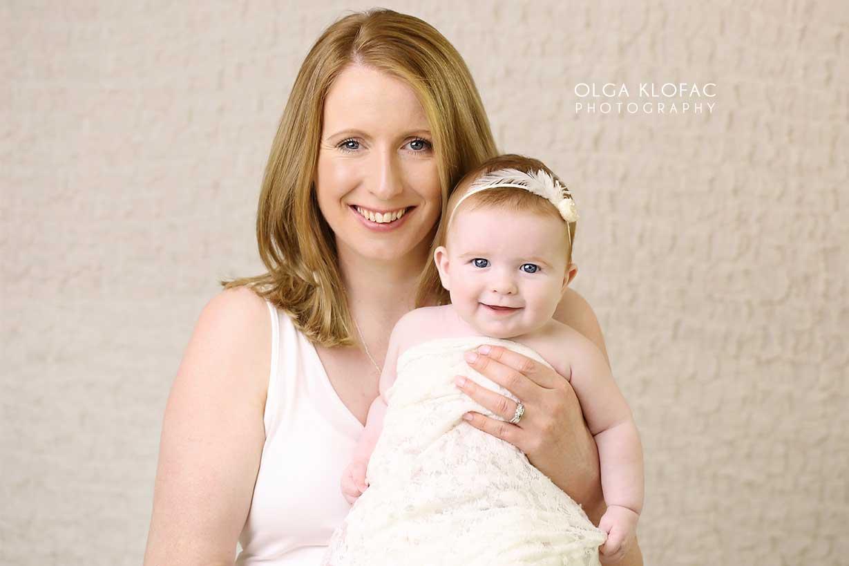 photo pf mum holding her 3 month old baby taken by Olga Klofac professional baby photographer Mayo Sligo Roscommon Galway Leitrim