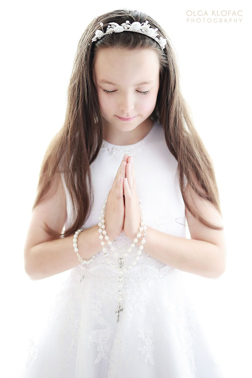 Olga-Klofac-Photography-holy-communion-photographer-family-photoshoot-child-photographer-Mayo-Castlebar-Claremorris-Charlestown-Sligo-Roscommon-Galway-Longford-Leitrim-Athlone