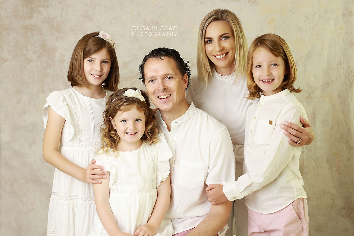 family photo by olga klofac photography, portrait photographer family kids photographer Mayo Sligo Roscommon Galway Leitrim Athlone